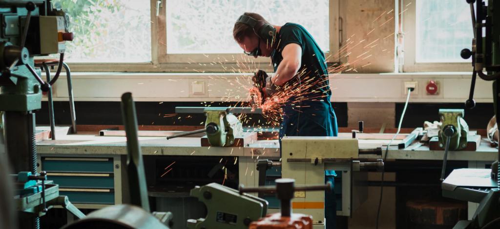 weld shop apprenticeship